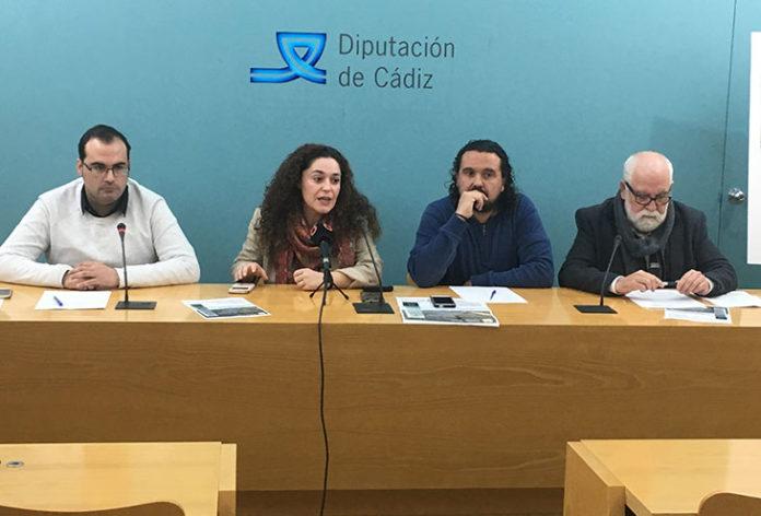 Rueda de prensa de IU Cádiz donde reivindican la finalización de la autovía Jerez-Antequera