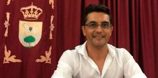 El alcalde de Puerto Serrano, Miguel Carrero